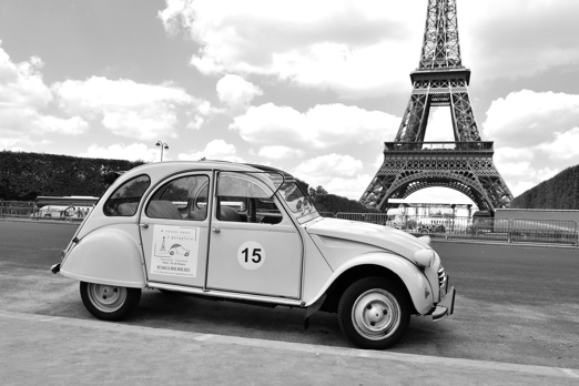 2 CV and Eiffel Tower - Paris - July 2011