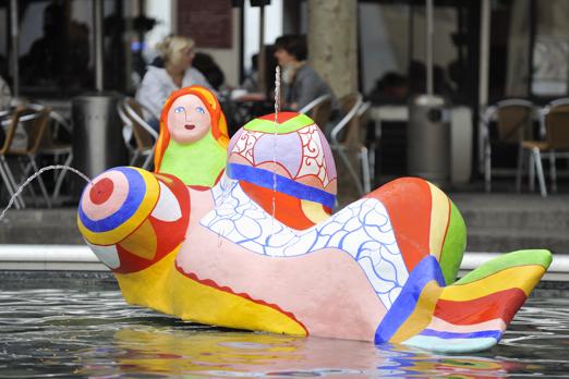 The Stravinsky Fountain (from Jean Tinguely + Niki de Saint Phalle) - Paris - July 2011