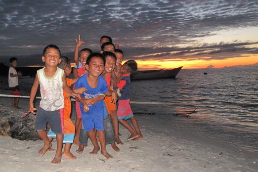 Spirited children in Boneoge - Central Sulawesi - Indonesia 2010