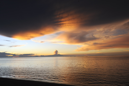 Sunset - Ahe Island (Harlem Islands) - Cenderawasih Bay - West-Papua - Indonesia 2011