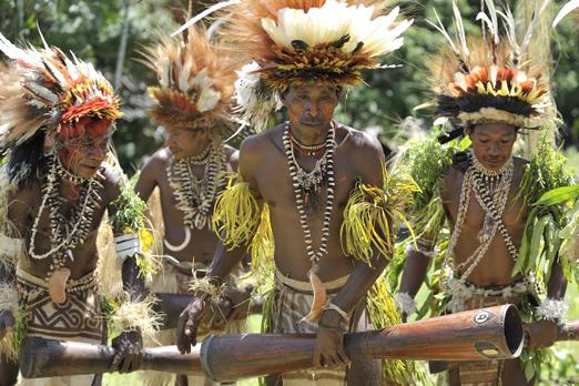 Ceremonial Sing-Sing - near Tufi - Oro Province - PNG 2009