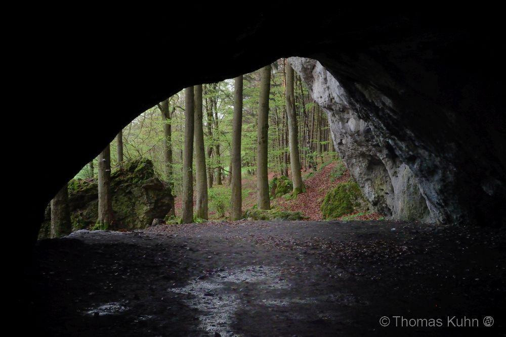 LandscapeOswaldhöhle_Nordeingang_Fränkische_Schweiz_April_2014_Tom_DSCN0341