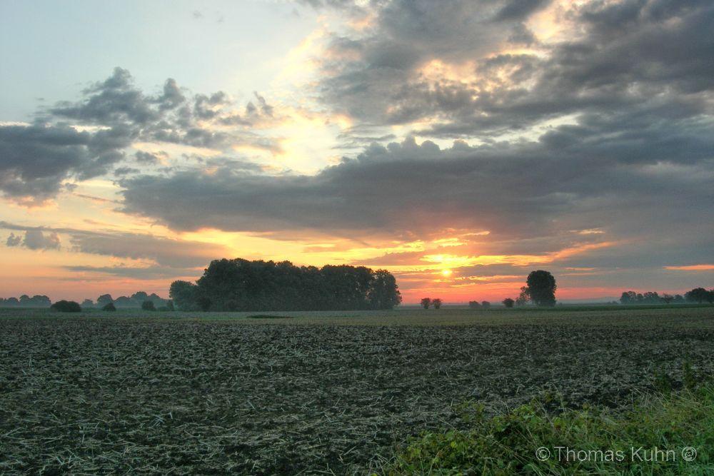 LandscapeSonnenaufgang_vor_dem Bensheimer_Hof_New_FSCN2826